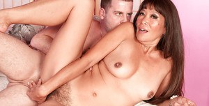 Fervent MILF Becca Rose gets her shaved pussy invaded by a horny guy