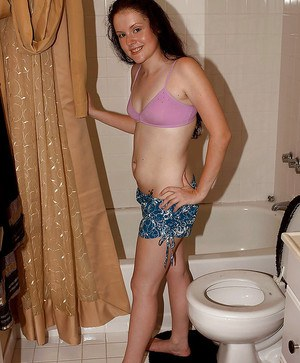 Amateur teen puss Lily Lohan takes shorts off and hits shower