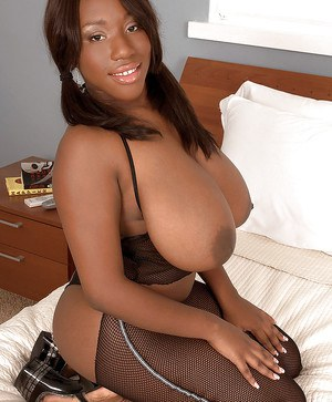 Black boob chubby queen Janet Jade in very revealing outfit