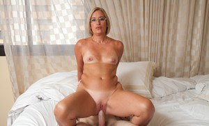 Sexy Suz is a decent-looking mom in glasses that fucks like slut