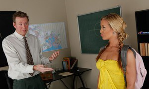 College hottie with pigtails Nicole Aniston hammered with a huge dick