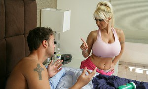 Stunning MILF with round boobs Holly Halston gets shafted hardcore