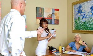 Asian babe Lucy Lee and blond hottie Sarah Vandella in office threesome
