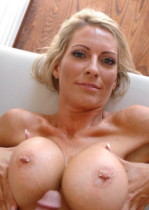 Dazzling mature wife Emma Starr fucking hardcore and taking cum on tits