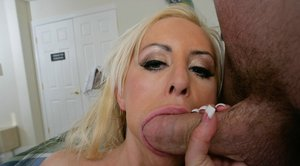Pornstar with big tits Savanah Gold gives a blowjob and gets fucked