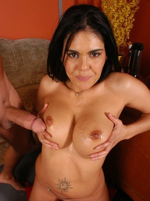 MILF wife with huge boobs Olivia Olovely has her cunt properly fucked