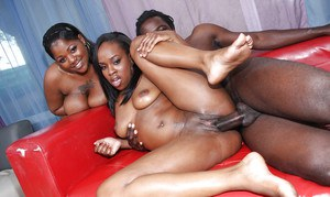 Ebony MILF babes Tony and Stacy fucking a fat cock in groupsex