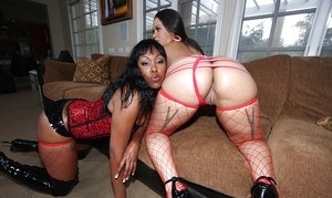 Black MILF babes Cheyanne and Lollipop showing off huge butts