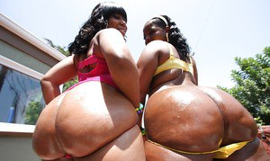 Chubby ebony MILFs Ms. Bliss and Stacey Sweets showing their butts