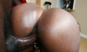 Sexy black MILFs Luscious and Ms.Cleo have a hot orgy with blowjobs