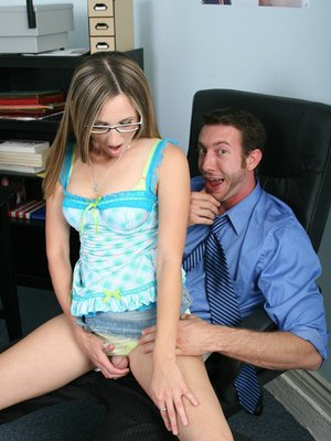 Teen babe with nice ass and small tits Brooke Bennett fucks in office