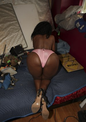 Naughty black babe Nyomi Banxxx showing big butt and boobs