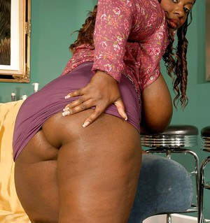 Ebony milf Lovely Libra is horny fatty on high heels with big tits
