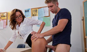 Milf teacher Veronica Avluv faces horny reality tearing her stockings