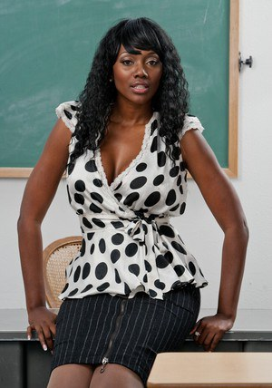 Black MILF teacher Nyomi Banxxx strips in class and poses seductively