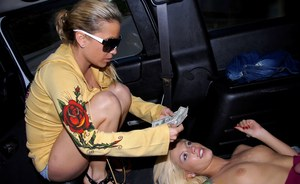 Stunning blonde Vera Cruz gives a blowjob and gets fucked in the car
