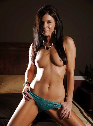 Sweet babe with tiny tits India Summer showing her fuckable body