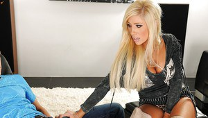 Gorgeous pornstar Tasha Reign gets her pussy licked and fucked
