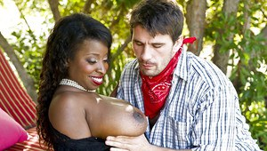 Fatty ebony MILF with huge jugs Vanessa Blue gets fucked outdoor