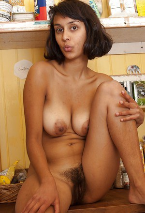 Mature black naked pussy