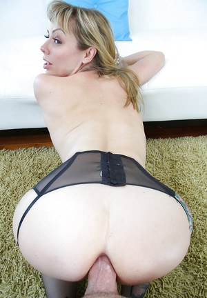 Horny MILF in stockings Adrianna Nicole gets her asshole drilled hardcore