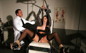 Hot babe Madison Parker is into hardcore BDSM action with horny gyno
