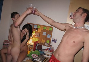 Lusty coeds gets fucked at the drunk party in the dorm room