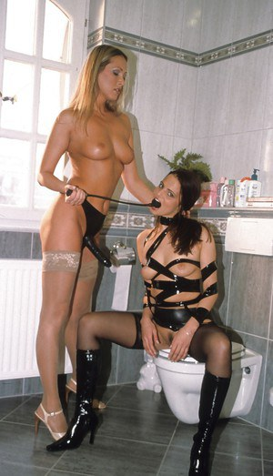 Hot babe in stockings Mandy Bright is into hardcore threesome groupsex