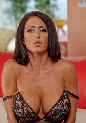 Ravishing MILF Jessica Jaymes stripping and spreading hr legs