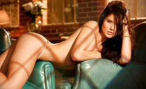 Big busted brunette babe Amanda Cerny showing off her gorgeous curves