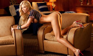 Gorgeous blonde on high heels Jessa Lynn Hinton posing barely clothed