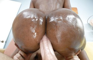 Bootylicious ebony Nyomi Banxxx gets her asshole drilled by a big white cock
