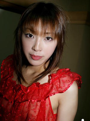 Fuckable asian amateur with tiny tits posing barely clothed