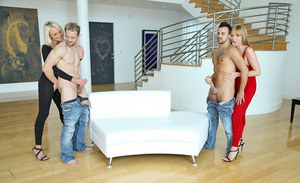 Cum starving Maya Hills is into CFNM foursome with her friends