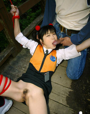 Submissive asian babe gets bound and roughly fucked outdoor