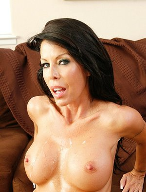Woman gets Tabitha stevens and cumshot
