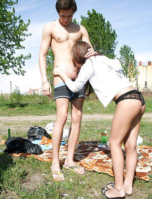 Dainty amateur has a passionate sex with her boyfriend outdoor