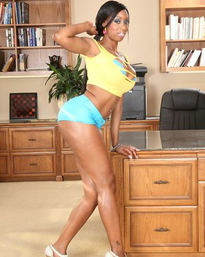Smiley ebony vixen Cody Bryant uncovering her curvaceous body