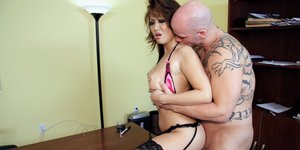 Taylor Kiss gives a blowjob and gets her shaved asian pussy boned-up