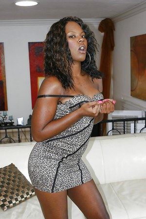 Horny ebony babe Coffee Brown has no lingerie under her tiny dress