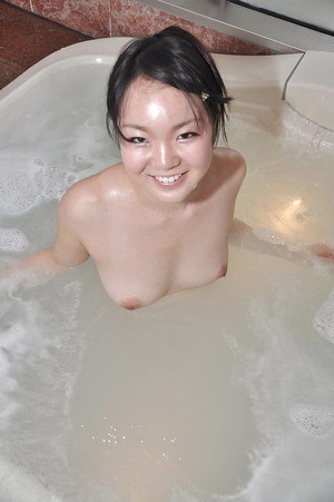 Smiley asian cutie with perky titties Mina Terashima taking bath