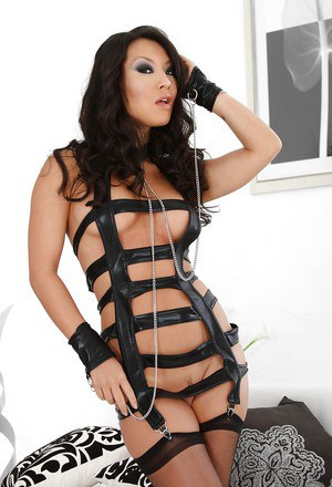 Asian vixen in provocative outfit Asa Akira exposing her pink pussy
