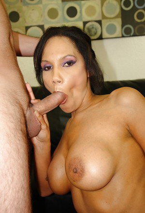 Lewd mom Anjanette Astoria gets her shaved pussy banged hard and creampied