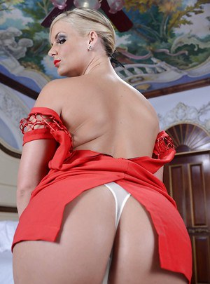 Curvy MILF in fancy red dress Phoenix Marie undressing and ...