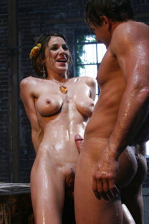 Svelte MILF Kayla Paige enjoys a passionate foreplay and wet pussy fucking