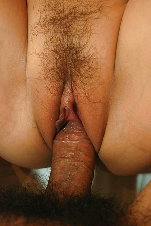 Asian doxy Orie Okano gives a titjob and gets her hairy pussy boned-up