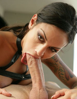 Fetish doxy has some cock gobbling and pussy fucking fun with hung masked guy