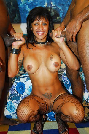 Morgana Black has a threesome and gets her smiley face glazed with cum