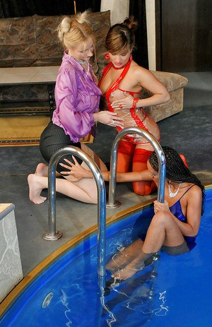 Kinky european fashionistas have some partly clothed pool fun