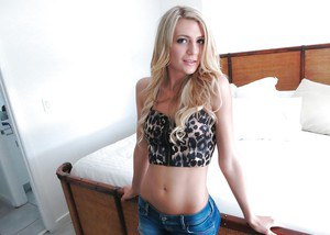 Petite blonde sweetie in jeans shorts undressing and exposing her cunt